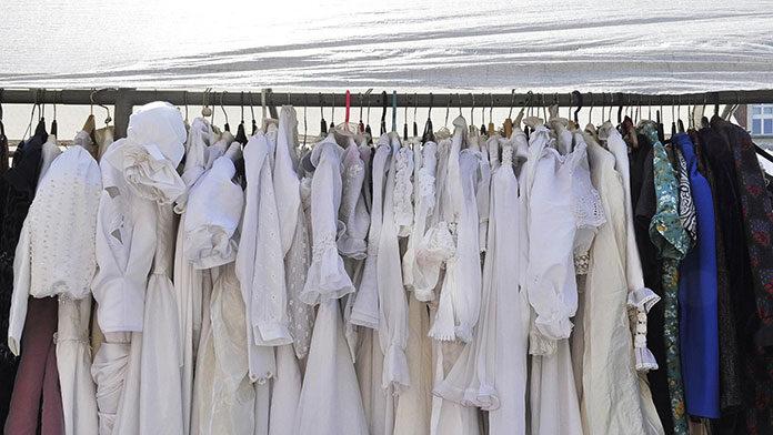 Chętnie wybierany import odzieży używanej